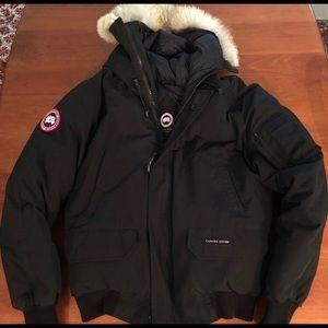 Men's Size M Canada Goose Bomber Jacket